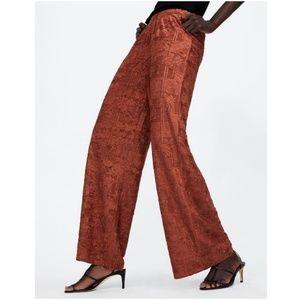 NWT Zara Size M Terracotta Wide Leg Textured Pants